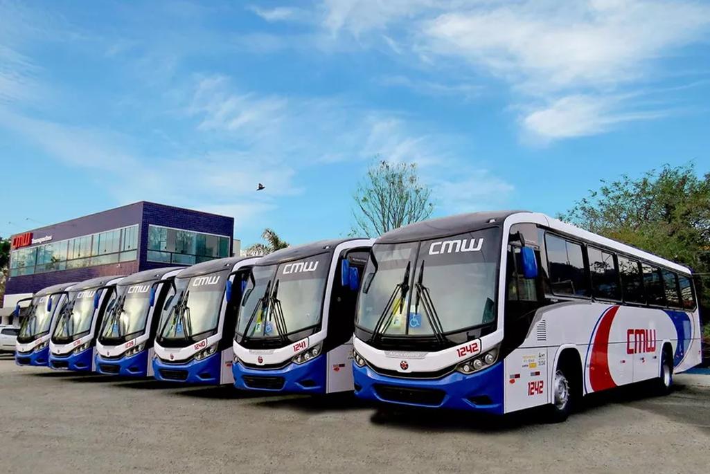 Prestes a completar 40 anos, CMW TRANSPORTES aumenta frota com veículos de última geração